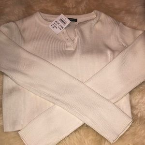 Cream brandy Melville cropped sweater nwt